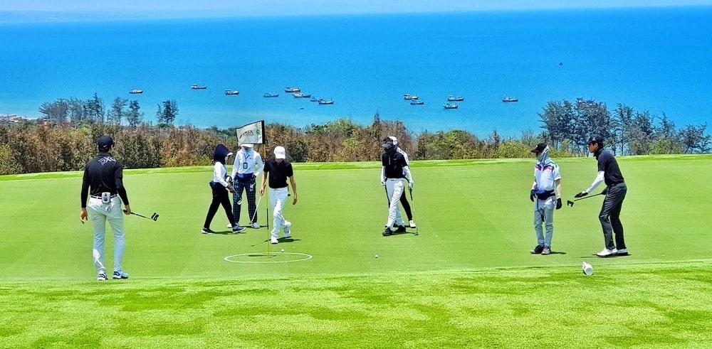 chơi golf tại novaworld phan thiết